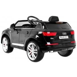 Audi Q7 Quatro S-Line čierna metalíza