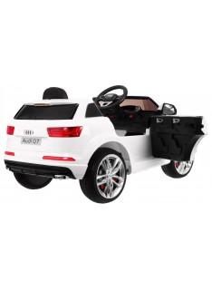 Audi Q7 Quatro S-Line biela metalíza